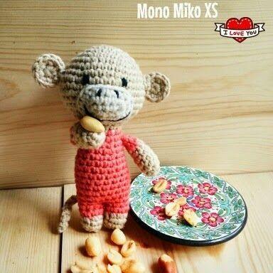 Amigurumi Miko el Mono (mide 10cm aprox) - Patrón Gratis en Español aquí…