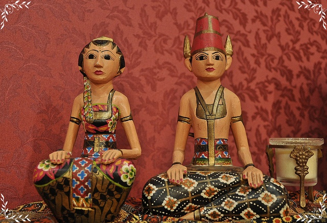 Loro Blonyo - The Javanese Couple