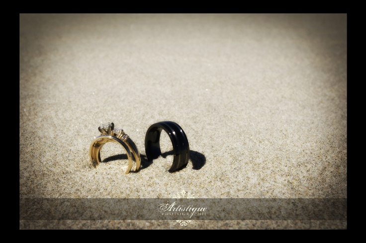 a ring shot for beach wedding?: Backgrounds 3, Beaches Rings, Engagement Photo, Photo Ideas, Cute Ideas, Ceremony Photography, Rings Shots, Beaches Wedding, Photography Ideas