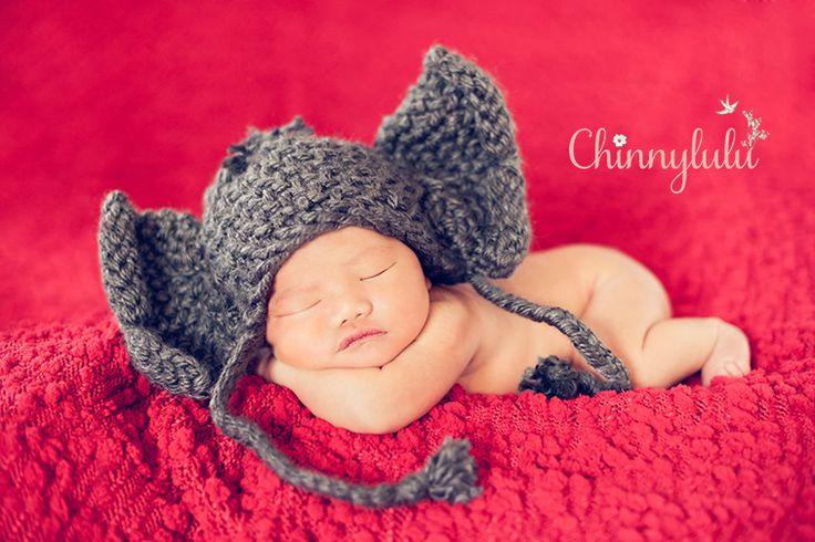 #newbornphotography #ocnewbornphotographer #ocnewbornphotography #chinnylulu #chinnylulunewbornphotography #newbornpose #elephantcrochethat #sleepingnewborn