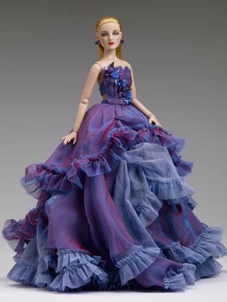 #Pin2Win   Absolutely gorgeous dress