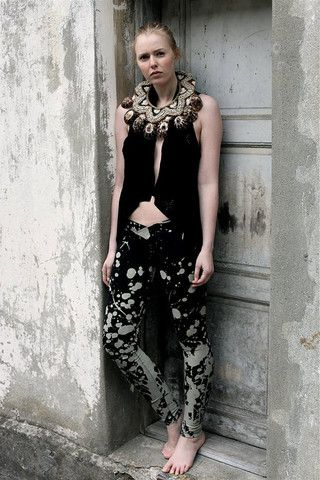 Love this look; punk an folk at the same time!  http://www.camdentown.com/collections/women/products/black-print-handmade-leggings #camdentown