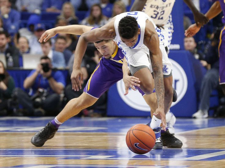 NBA Draft Notebook: Kentucky freshmen Monk, Adebayo up stock with big week = This week, I wrote about Justin Jackson's rise in after a big win over Louisville and touched on the draft prospects of Jarrett Allen after a nice performance against Josh Jackson and Kansas. But what were…..