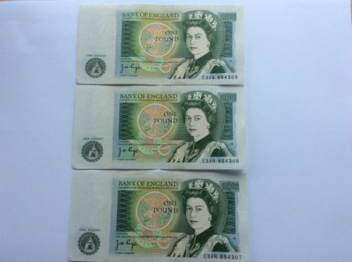 J-B-Page-pound-1-banknotes-consecutive-crisp-UNC-E31n