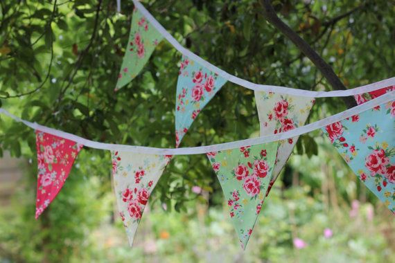 Shabby chic Retro floral bunting 2 metre 6.5 feet 8 flags - red, blue, cream and green