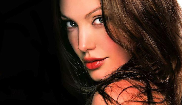 Nice 12 Sexy Angelina Jolie Images