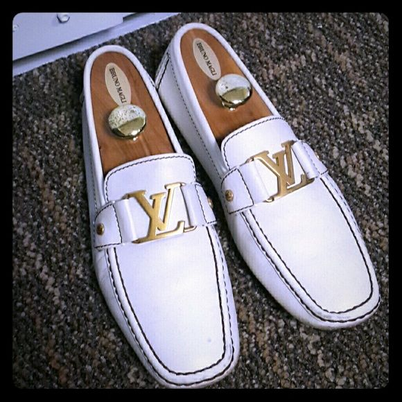 🚫SOLD🚫 Louis Vuitton Loafers Men Sz 9   My Posh Picks   Pinterest    Shoes, Loafers and Loafers men b743a9f565f