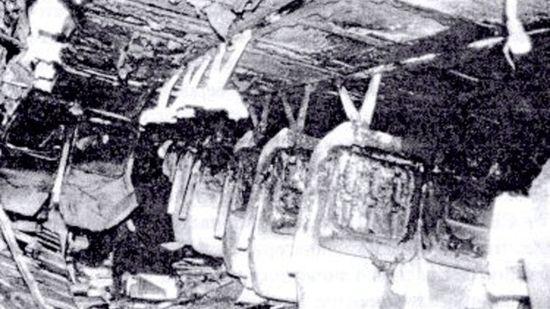 En un vuelo de Aeroflot de 1986, el piloto le apostó al copiloto que podría aterrizar con las cortinas de la cabina cerradas. 70 de los 94 pasajeros murieron.