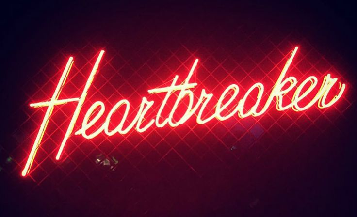 Heartbreaker, The Everleigh's seedy sister bar is open.