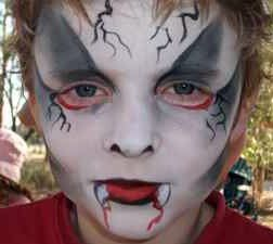 vampirehalloweenfacepainting halloween activities halloween face painting scary halloweenhalloween makeupeasy - Easy Scary Halloween Face Painting Ideas