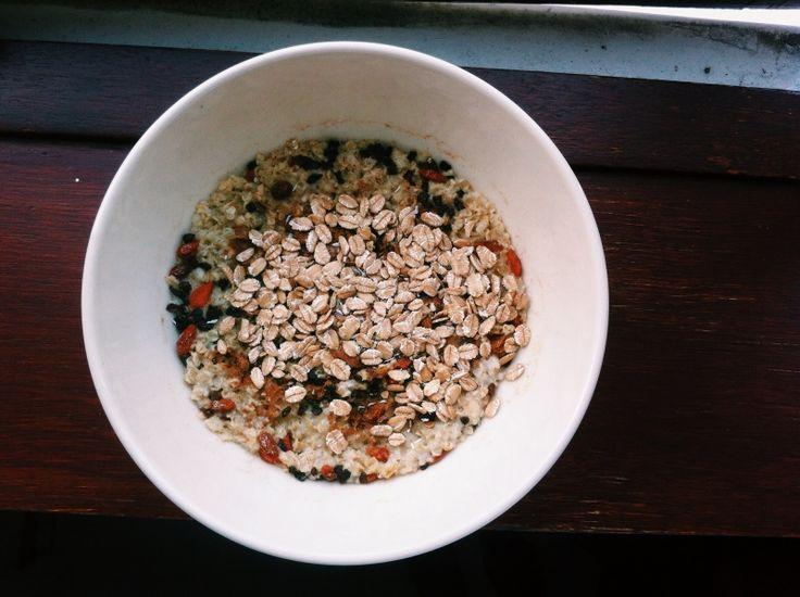 #lunch #food #oatmeal #cacaonibs #cinnamon