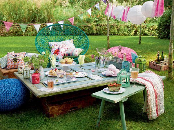 Garden picnic party