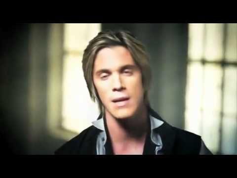 Nikos Oikonomopoulos - Kai ti egine (Official Video Clip 2011)