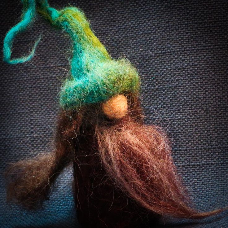 People of the forest felted figures #wizards #forestfolk #trees #felting #felted #handcrafted #crafts #lomahsee lomahsee.com