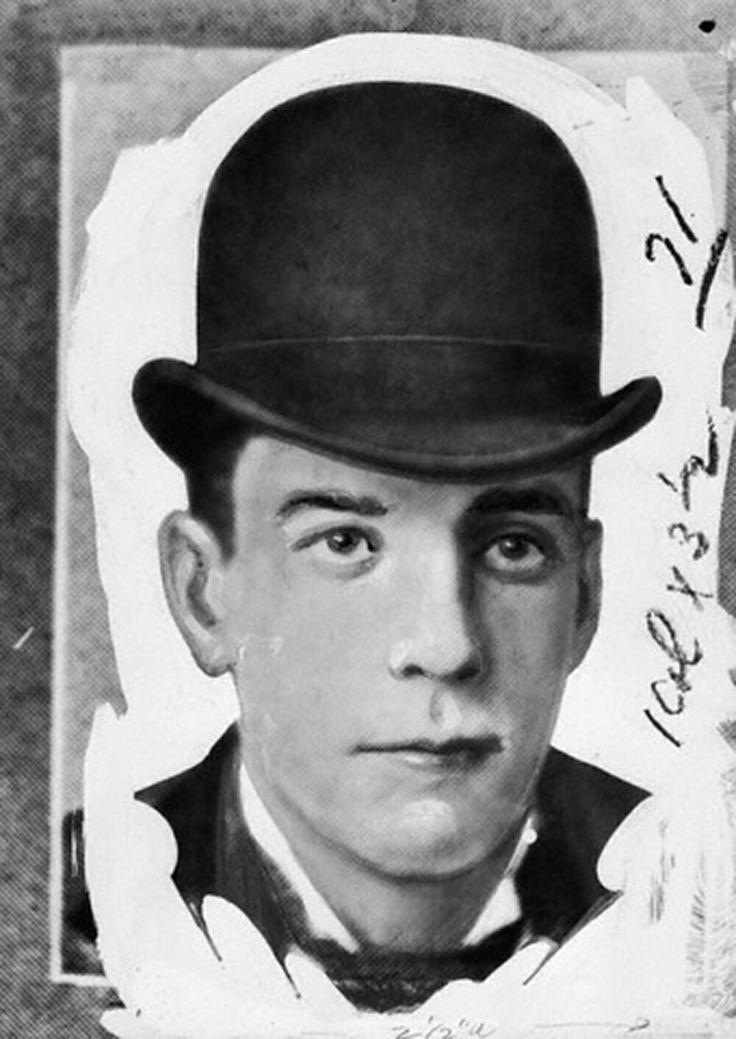 The Strange Case Of Dr HH Holmes John Borowski
