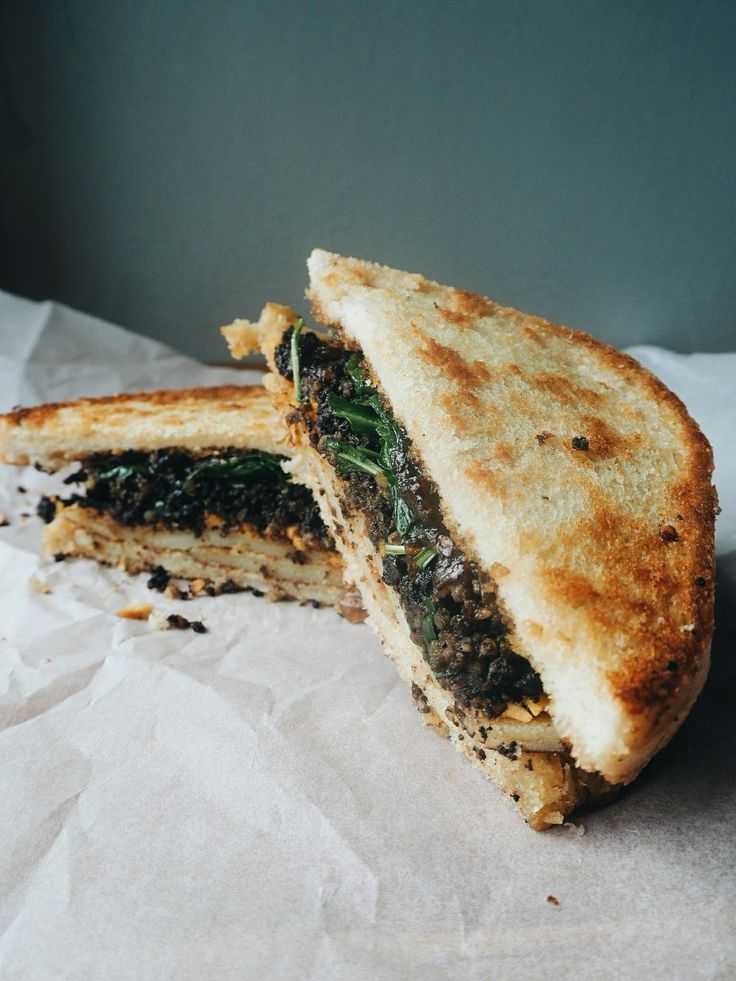 Haggis recipe with a twist for Burns Day - 'Ode to a Bard' Grilled Cheese. Glasgow Food Geek Blog