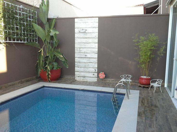 Borda da piscina em m rmore branco refer ncias para a for Piscina colindres