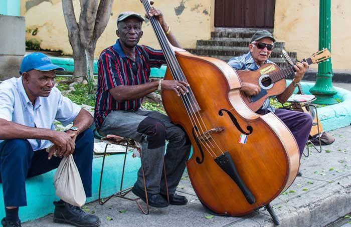 Sehenswürdigkeiten in Kuba. Die Highlights und schönsten Orte meiner 3-wöchigen Kuba Reise gibts hier im Überblick. Bilder und Tipps zu einer Rundreise.