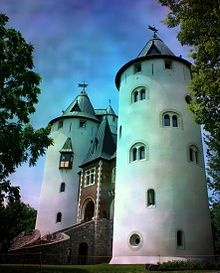 Castle Gwynn, Triune, Tennessee  castles in the United States - Wikipedia, the free encyclopedia