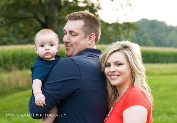 family https://www.facebook.com/pages/Mindy-Smith-Photography/147415681943107?ref=hl