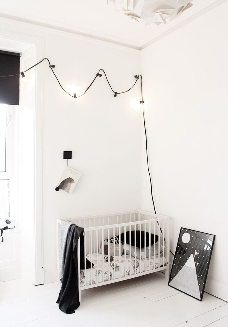 String Lights For Children S Room : 1000+ images about Bedroom Fairy Lights on Pinterest Kids rooms, String lights and Pretty bedroom