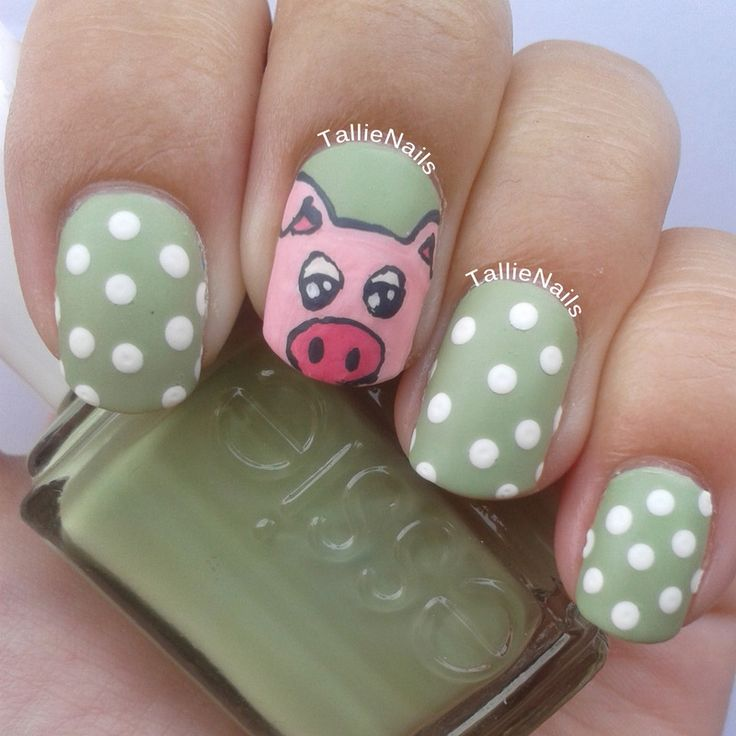 percy the pig polka dots nailart