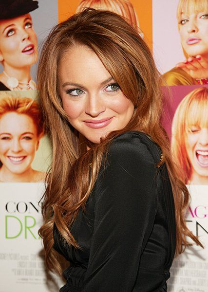Lindsay Lohan: Natural - Speaking of old school Lindsay Lohan. Like many people, we agree that LL looked best with her natural red hair. Those were the days. Now if youll excuse us, we have to go watch Mean Girls on repeat while Sarah McLachlans I Will Remember You plays softly in the background.