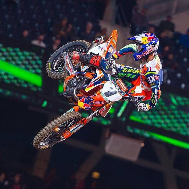 Ryan Dungey Gets His First Win Of The 2016 Sx Season At Petco Park