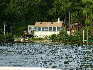 Private Maine Lakefront Cottage, 2 Hrs from Boston, Pet Friendly