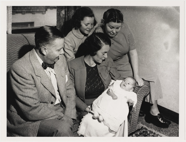 Jonathon King as a baby by Ted Hood, 1951 From the collection of the State Library of NSW: http://www.sl.nsw.gov.au.