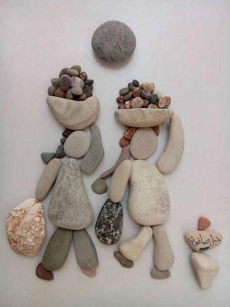 """Cet automne, les oeuvresdu sculpteur Nizar Ali Badr, artiste Syrien, ont été partagées sur quelques sites internet comme Kedistan.net ou Huffpostmaghreb.com. Chaque tableau est signé""""Jabal Safoon"""" signifiant""""composition de pierres"""". Ces oeuvres sont toutes lourdes de sens. En effet l'artiste parle le langage des pierres, et partage pudiquement et avec humilitéla tragédie du peuple Syrien, l'oppression, …"""