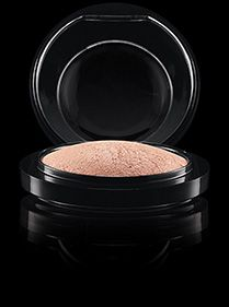 MAC Cosmetics: Mineralize Skinfinish in Soft & Gentle