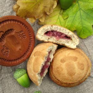 Pryaniki, Russian gingerbread -