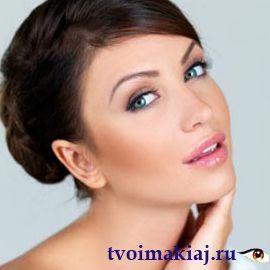 макияж-для-брюнеток-с-голубыми-глазами