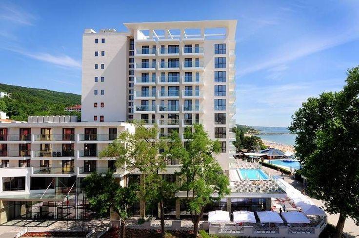 Болгария, Золотые пески   45 800 р. на 8 дней с 17 июля 2015  Отель: Grifid Metropol 4*  Подробнее: http://naekvatoremsk.ru/tours/bolgariya-zolotye-peski-11