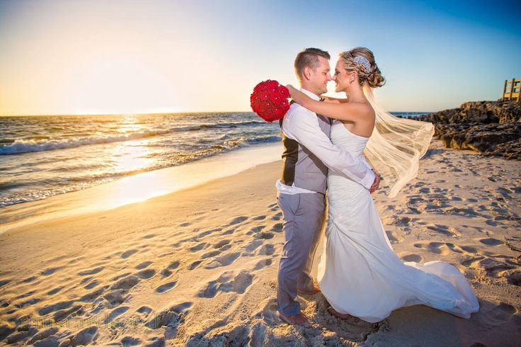 I first met Selina and Lee when they booked me to shoot their engagement party in 2011. Three years later, I had the honour of being their wedding photographer. With good weather to match, it was definitely a great day to get married at Iluka Beach last Saturday; and of course, what is a beach wedding without an awesome sunset photo! Congratulations Selina and Lee!
