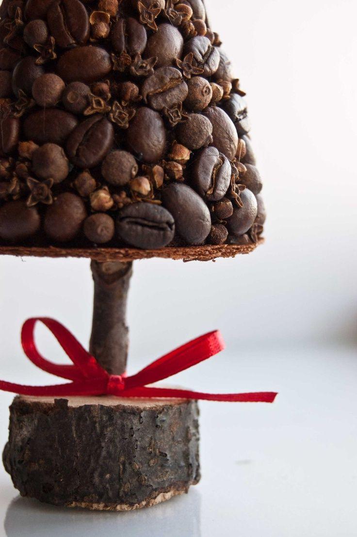 L'albero di Natale fai-da-te con i chicchi di caffè   blog.casase.it   se ciò che cerchi é sentirti a casa.