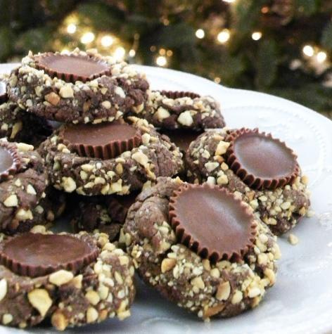 Chocolate Peanut Butter Cup Cookies | Snacks & Desserts | Pinterest