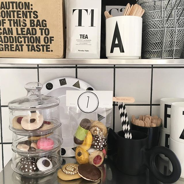 "7 sorters kakor <span class=""emoji emoji2716""></span>️ #mycookie #hembakat #trolldeg #saltdough #julklapp #julklappstips #christmasgiftideas ..."