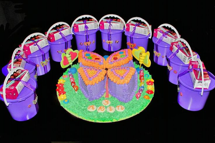 Butterfly cake and kiddies gift bags