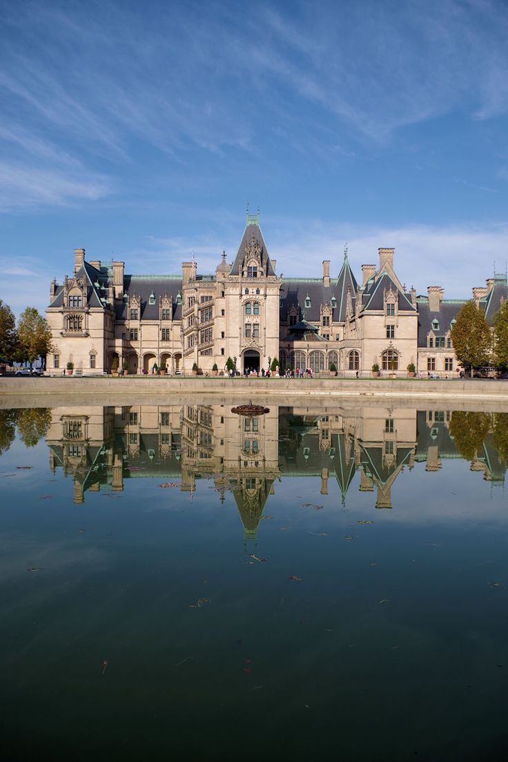 Biltmore House in Asheville, North Carolina. One of America's favorite castles. See our insider's guide to Biltmore Estate & Winery