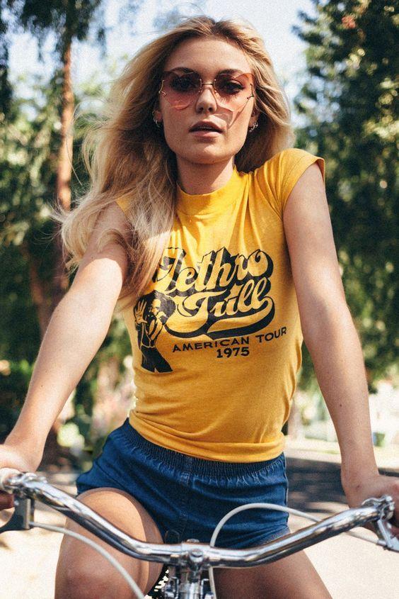retrô tees. vejas alguns exemplos para entrar na moda 70's