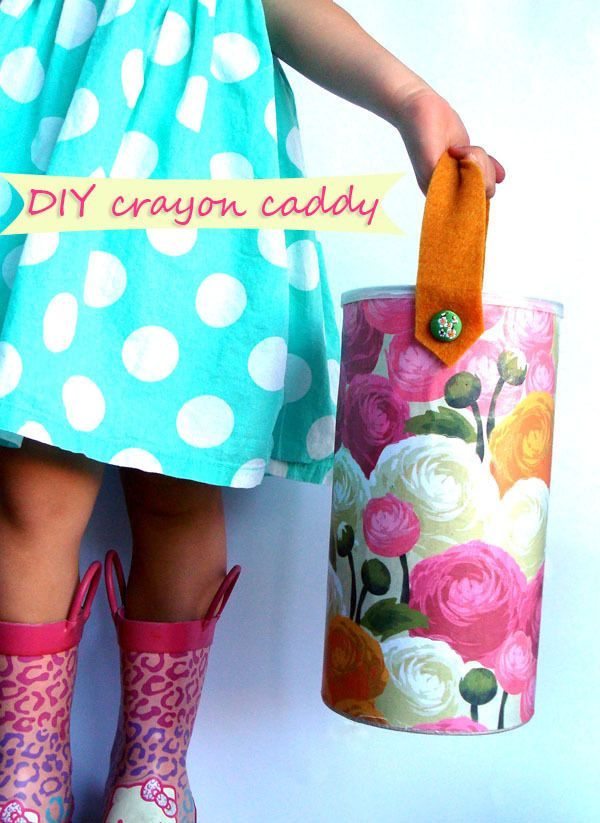 diy crayon caddy using an oatmeal canister