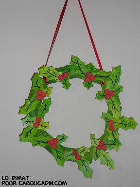 Décoration de Noël .Une couronne de Noël avec des rouleaux de papier toilette. #couronne #Noël #rouleaux #pq #caboucadin #bricolage