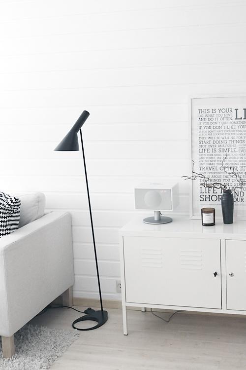 AJ Floor Lamp • Danish Design • Louis Poulsen. By: www.noepahjertet.com