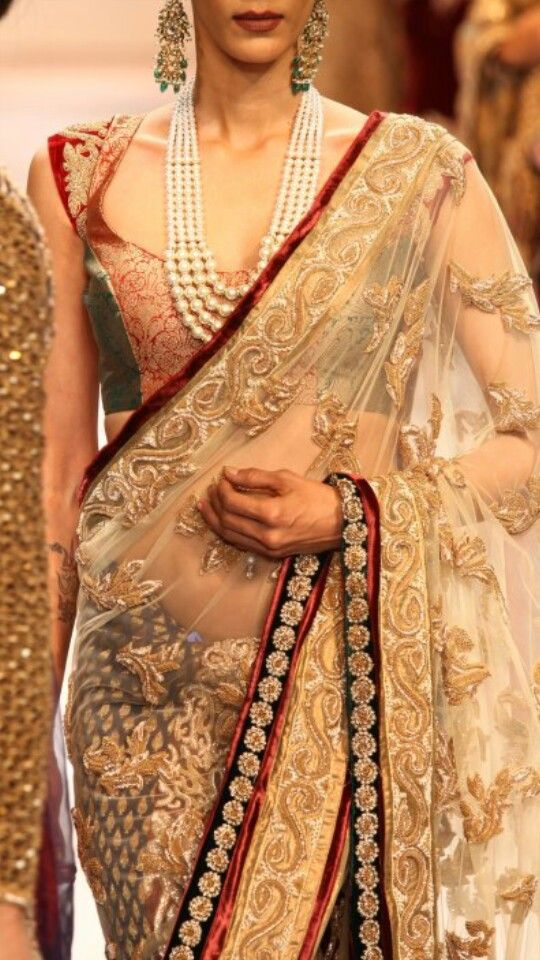 Gold thread embroidery sari or saree with blouse and pearl statement necklace. #SareeBlouseDesign