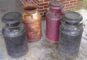 VINTAGE MILK CANS - $25 (shepherdsville) | review | Kaboodle