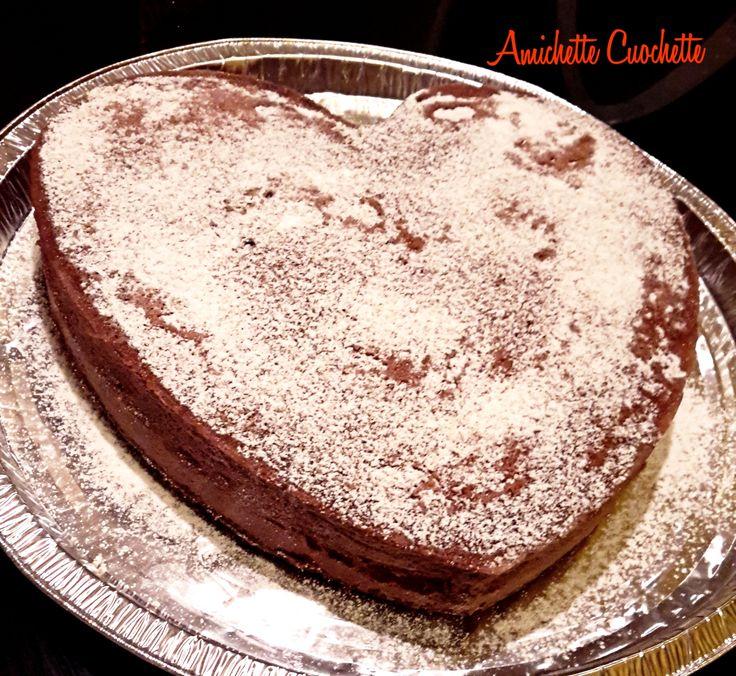 Torta al cioccolato pronta in 10 minuti