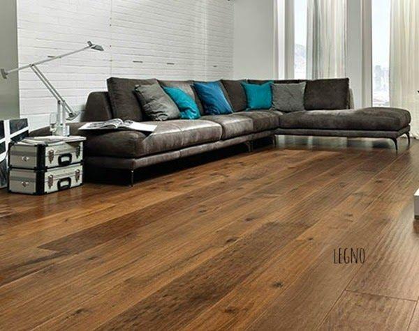 FARE CASA: piccole e grandi modifiche prima di arredare un'abitazione - Pavimento-tavole-noce-morciato-piallato-garbelotto