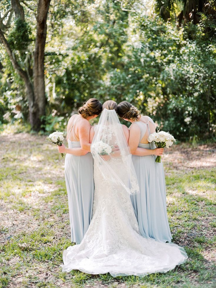 Sarasota Wedding Photographer In 2020 Wedding Photography Bridal Party Wedding Photography Poses Bridal Party Bridal Party Poses